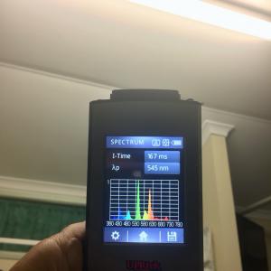 fluorescent-light-spectrometer